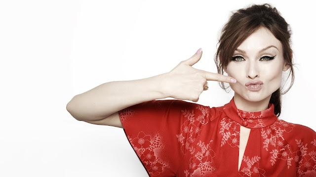 Sophie Ellis Bextor Singer Wallpaper
