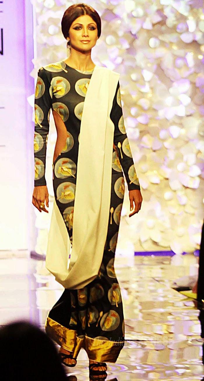 Shilpa Shetty in Lakme Fashion Week