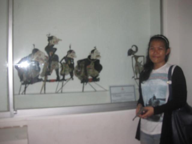 Rika Aprilia ( UAS Museum Wayang )