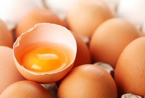 Bahaya Mengkonsumsi Telur Mentah