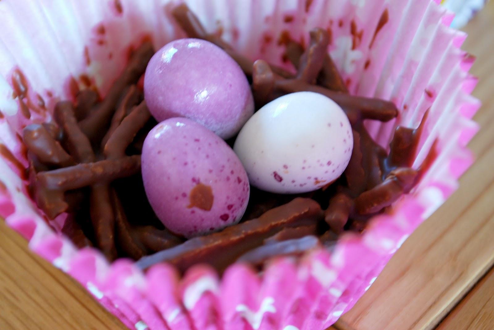 Domestic Sluttery: Sluttishly Simple: Easter Egg Nests