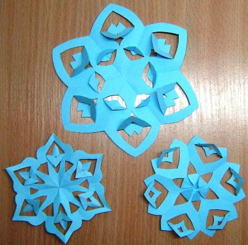 киригами-снежинка