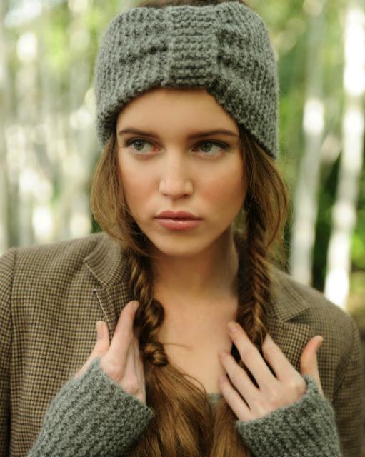 http://www.purlalpacadesigns.com/product/misty-turban-wrist-warmers-knitting-kit/