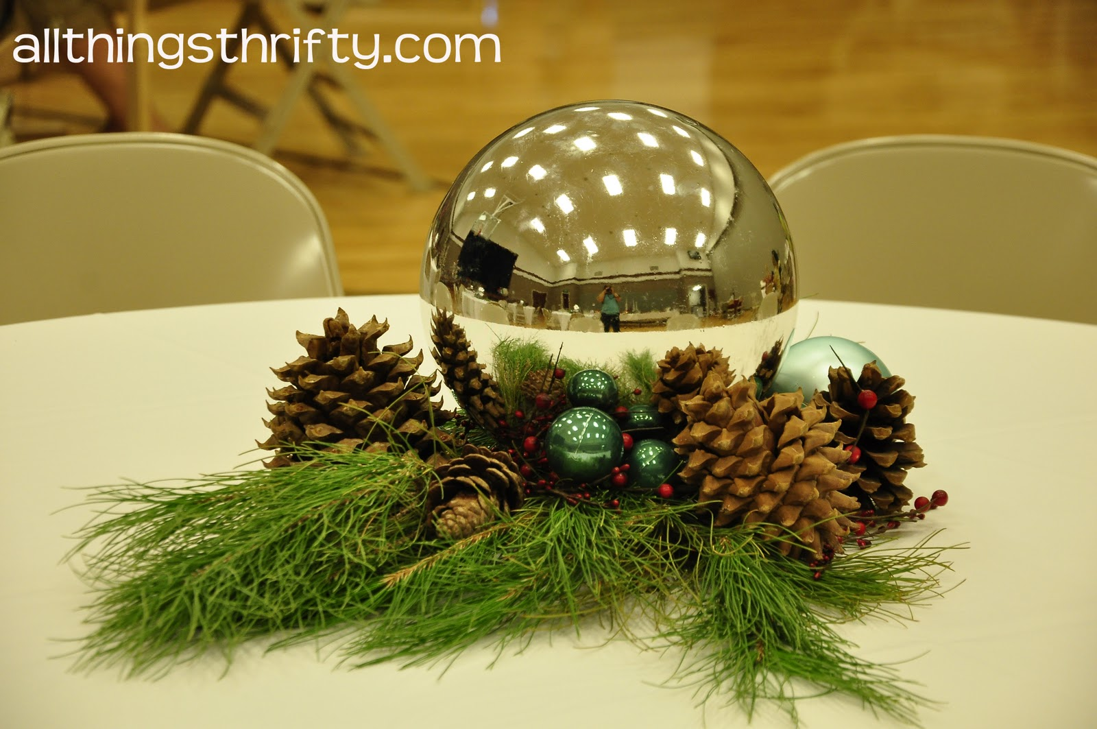 Natures centerpieces on pinterest fall wedding Small christmas centerpieces