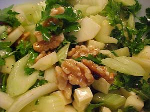 Salade de céleri, pomme,cheddar et noix de Grenoble