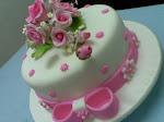 WHITE n PINK FONDANT CAKE