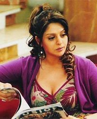 Free Download Nagma new wallpapers -2012
