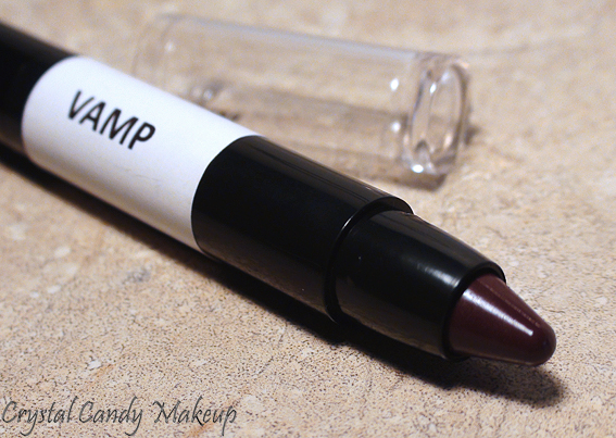 Crayon rouge à lèvres TwistUp Vamp d'Annabelle - Review
