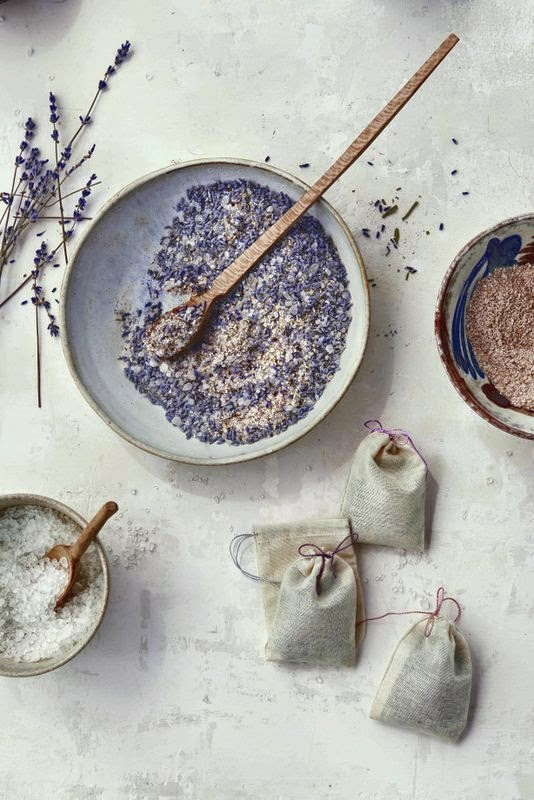 DIY: Lavender Tub Tea