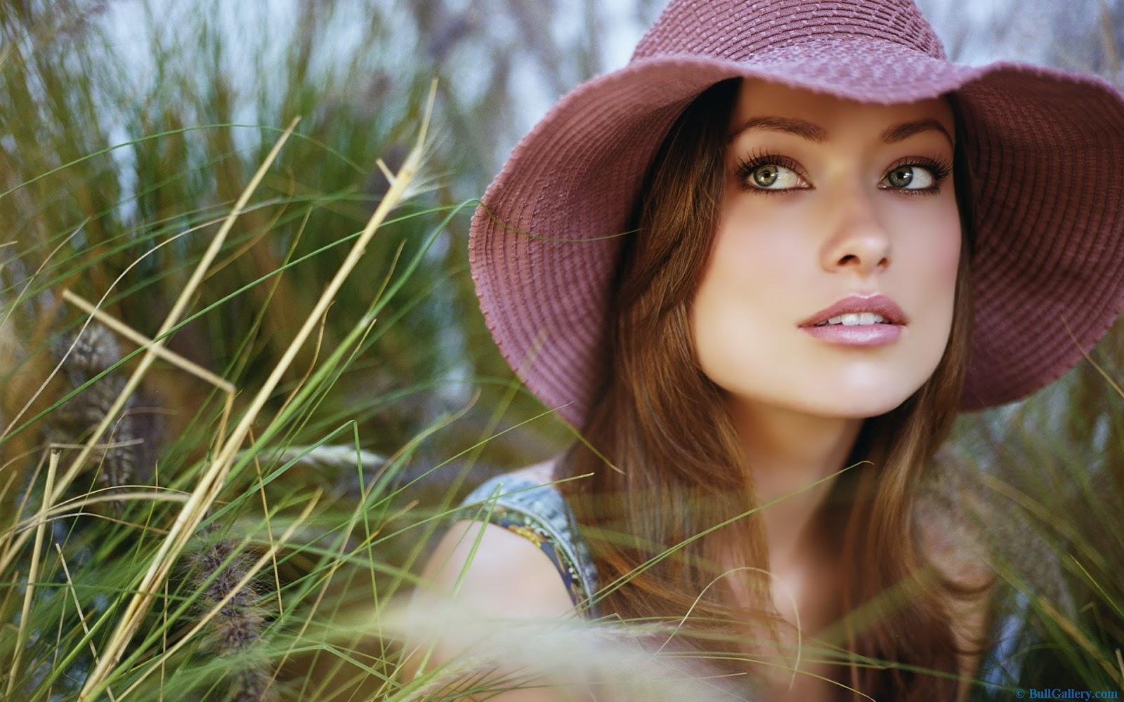 http://3.bp.blogspot.com/-_qQiW216a0c/UG8yVlh5czI/AAAAAAAAAFk/PxXduJdDXm4/s1600/Olivia-Wilde-Widescreen-Wallpapers.jpg