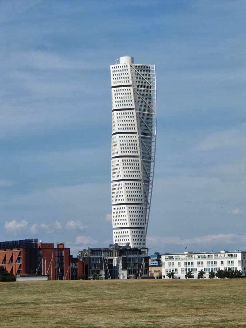 Twisted Torso | The twirled spiral skyscraper, Sweden