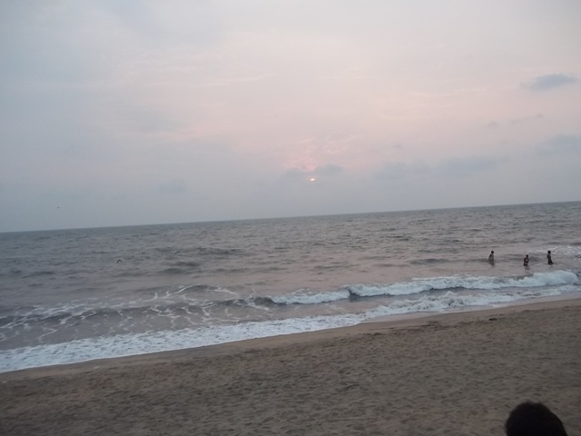 cherai beach sunset