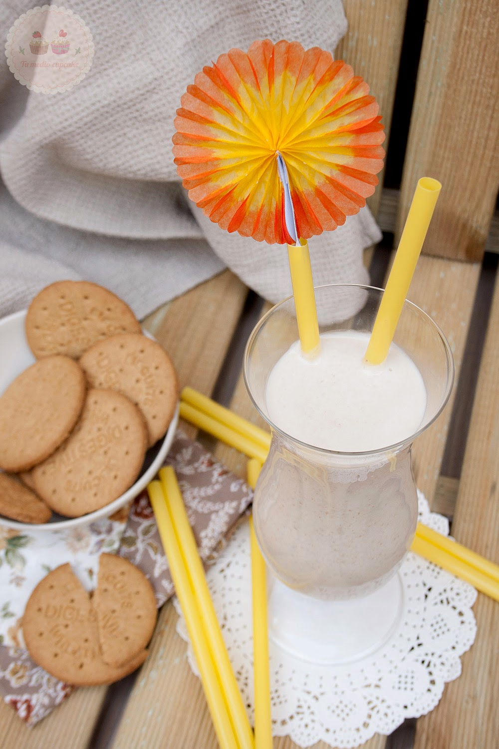 smoothie-de-naranja-y-galletas