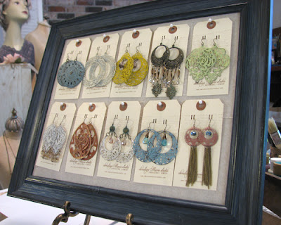 jewelry display for Adorn
