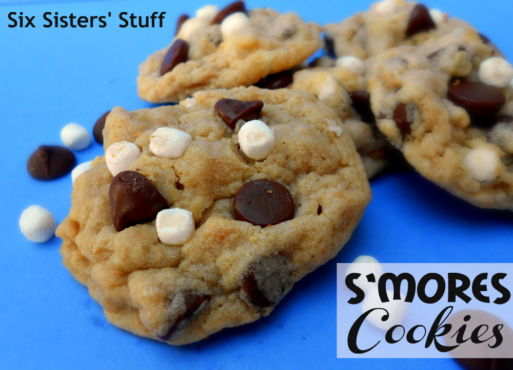 S'mores Cookies | Six Sisters' Stuff