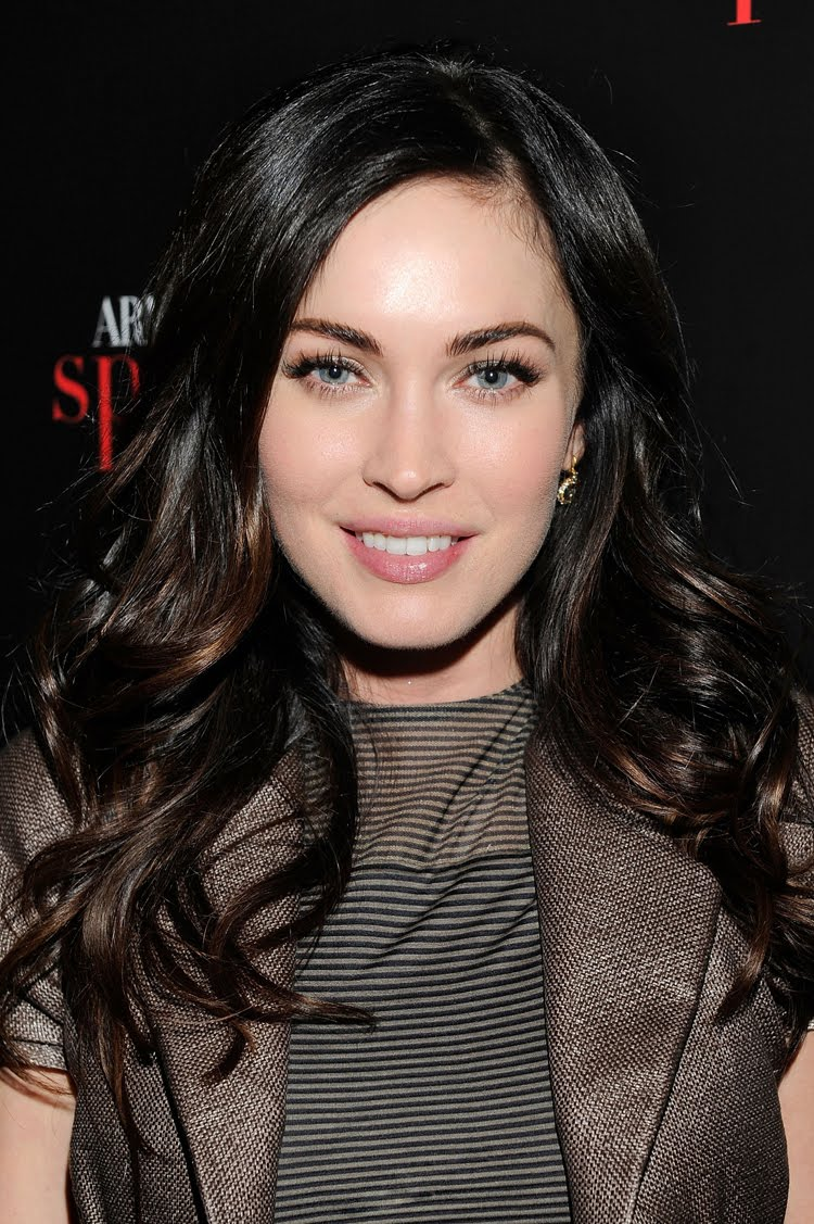 Fresh Look Like Megan Fox Hairstyles 14