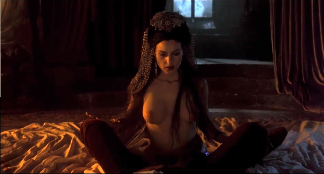 Dracula nudes erotic scene