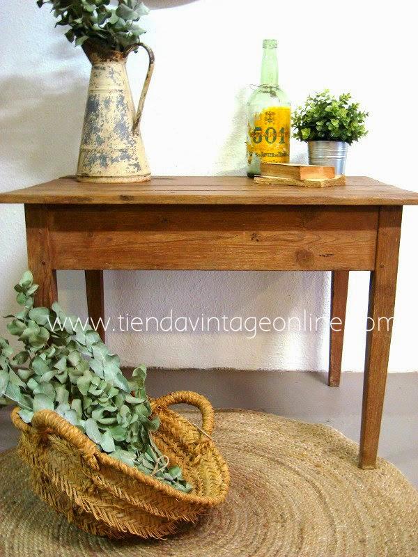Mesas de madera estilo rústico. Mesas tocineras antiguas y auténticas.