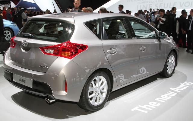 http://3.bp.blogspot.com/-_r0DdDr7Mi8/USTzosXLlRI/AAAAAAAAUHI/PUFHv1oWCfQ/s640/2012+Paris+2013+Toyota+Auris,+Verso+Show+Brand%E2%80%99s+New+Face.jpg