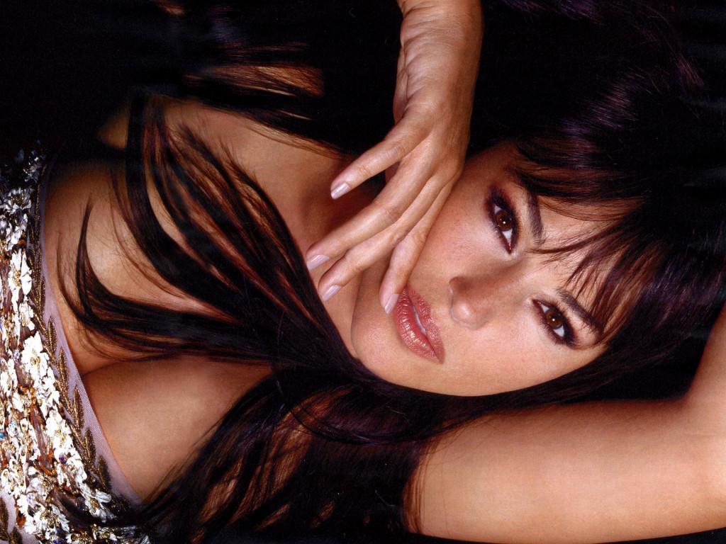 http://3.bp.blogspot.com/-_r3DjNeo4kE/TeEAsI8eR2I/AAAAAAAAALw/VJvHNmTr2rk/s1600/monica-bellucci-foto-vip-star-tv-1.jpg