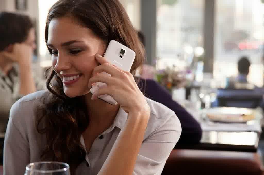 Cara Menghindari Radiasi Ponsel