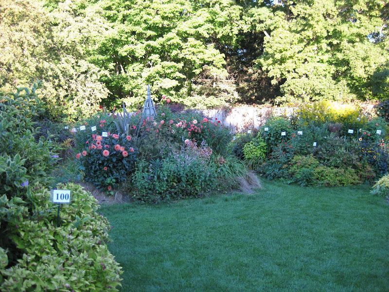 Victoria Gardens Virtual Garden Tour Stonecrop Gardens