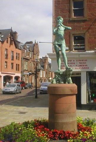 peter pan statue Kirriemuir
