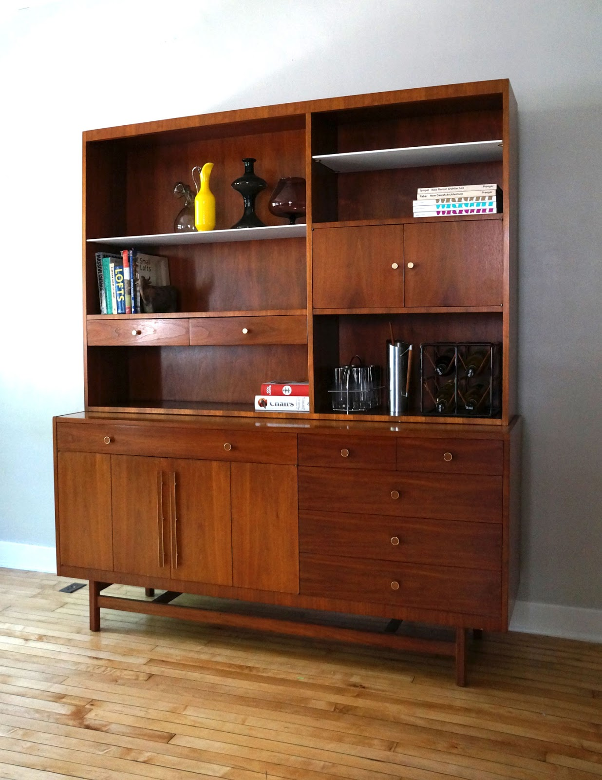 str8mcm mid century modern buffet china cabinet. Black Bedroom Furniture Sets. Home Design Ideas