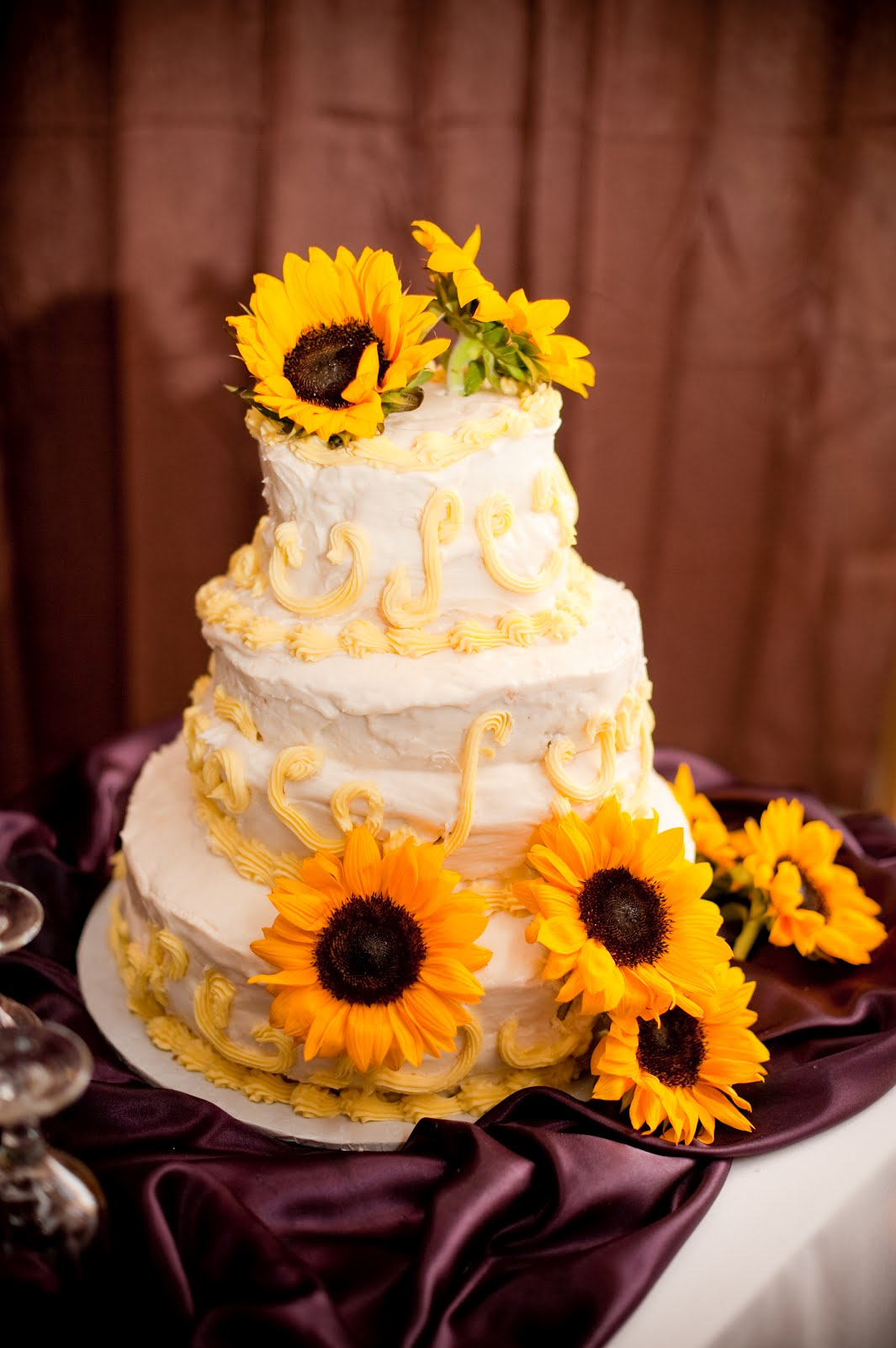 Clarksville Weddings: Wedding Palette: Eggplant & Yellow