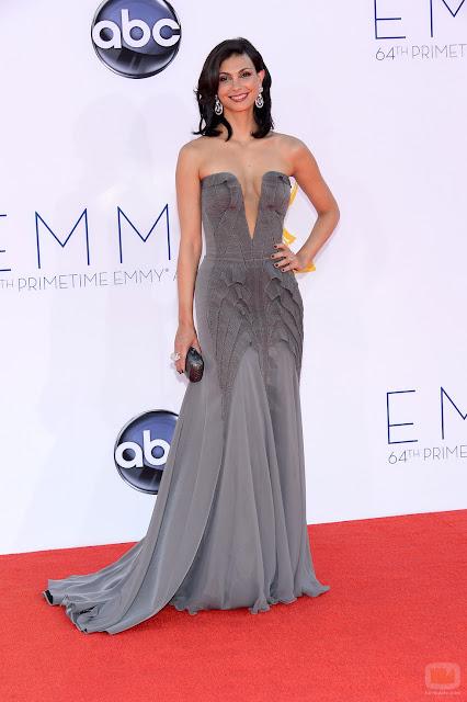 Morena Baccarin vestido Basil Soda Emmy 2012