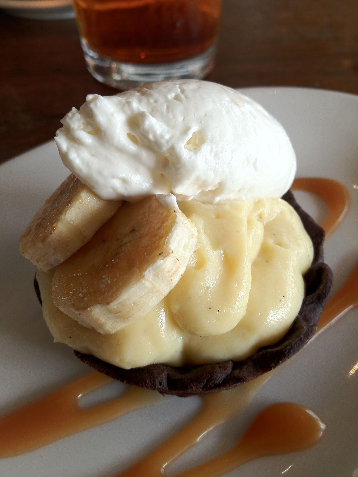 Accidental Cream Pie Cool just in case you weren't already hungry mini banana cream pie