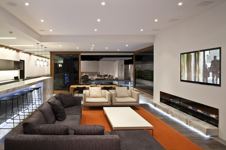 Living room in CORMAC Residence In California