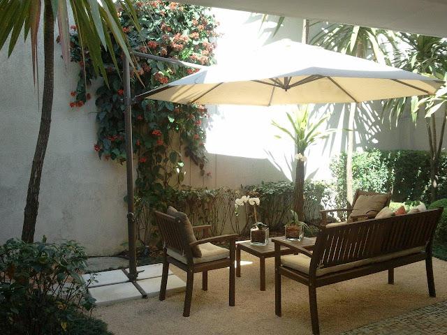plantas jardins tropicais : plantas jardins tropicais:As plantas tropicais costumam atrair passarinhos, insetos e borboletas