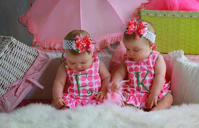 cute twin baby girls twin sisters