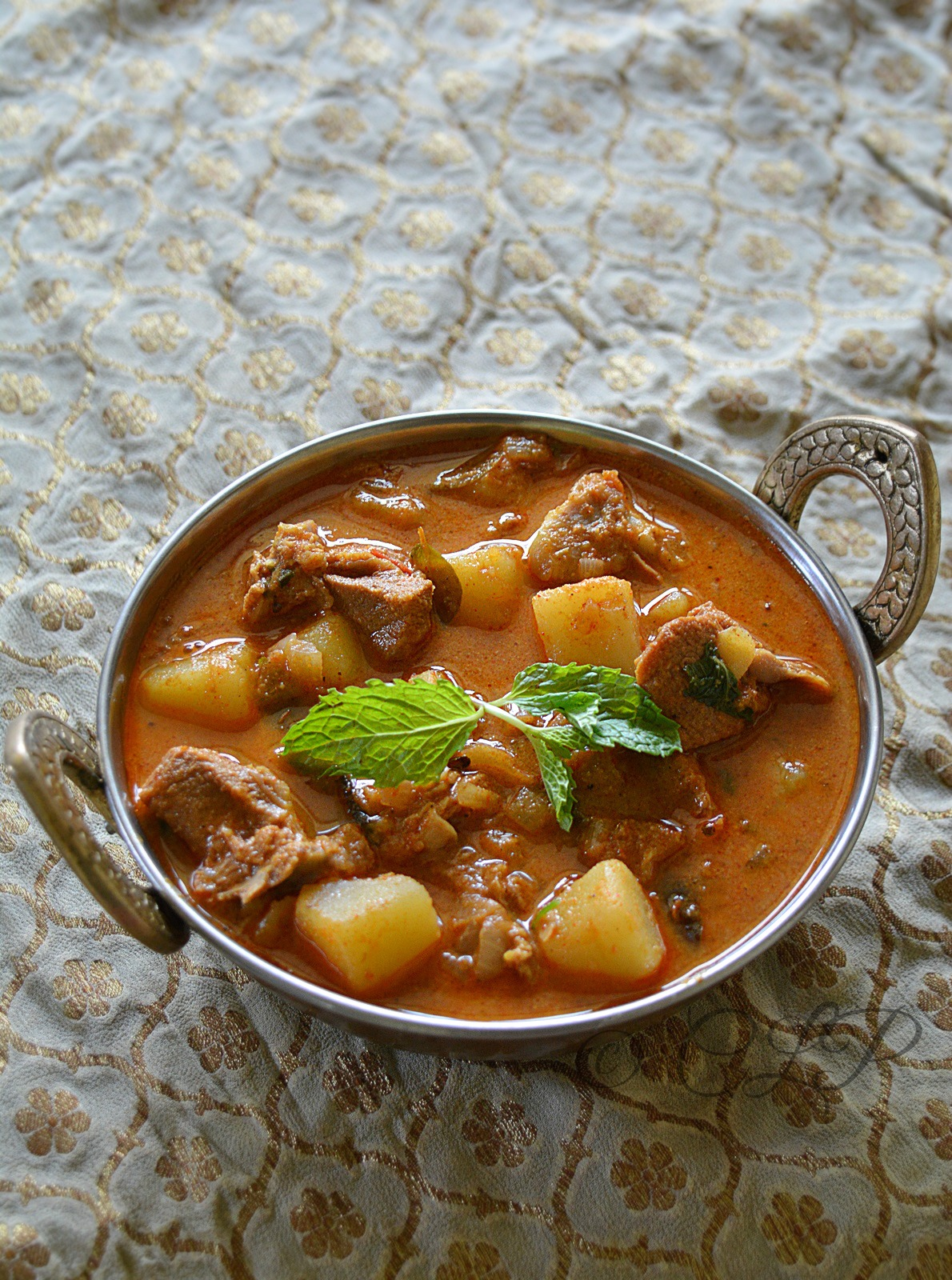 Mutton curry using coconut milk