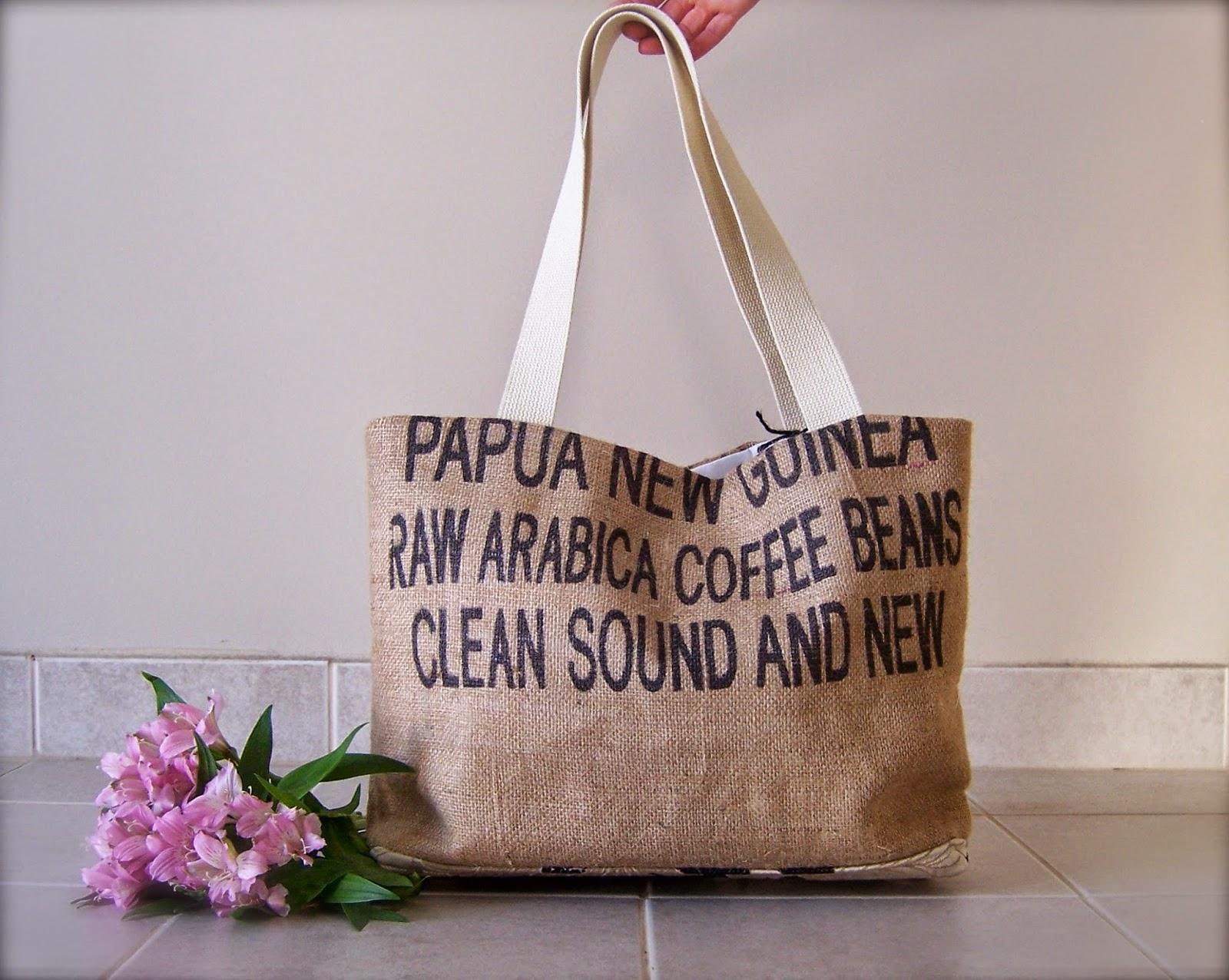 Clean Sound and New burlap tote bag - exterior - linaandvi.blogspot.com