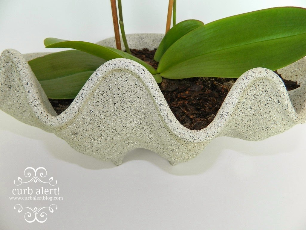 Ballard Designs Inspired Faux Giant Clam Shell Planter. A great high-end knockoff for a fraction of the price!  via Curb Alert! Blog