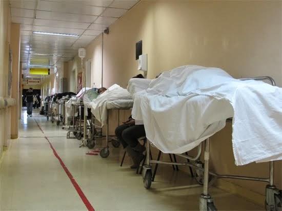 O corredor da morte nos hospitais - por Ruth de Aquino