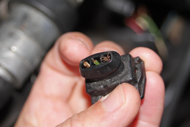 Vw golf mk2 gti 16v hall sensor plug wires broken