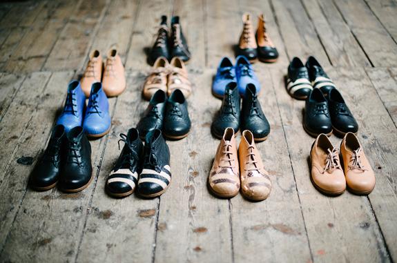 大人っぽくも遊び心あふれるオシャレな子供靴