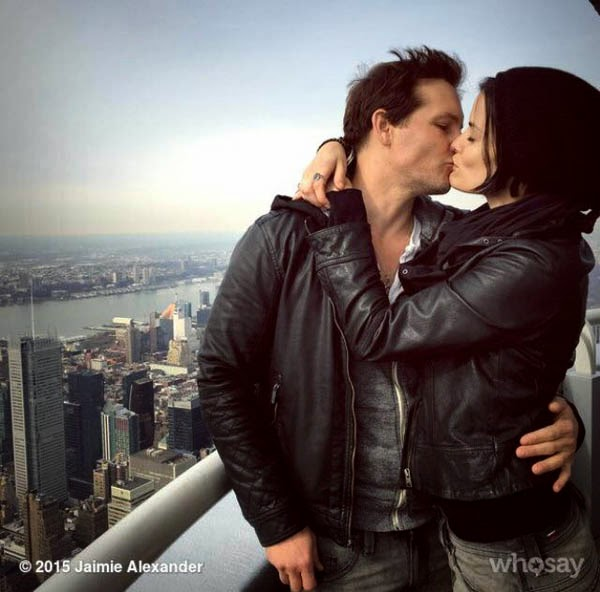 Peter-Facinelli-Comprometió-Jaimie-Alexander-Peter-Facinelli-Is-Engaged-to-Jaimie-Alexander