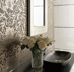 Decorar las paredes con papel pintado y acabados cer micos for Papel pintado tonos beige