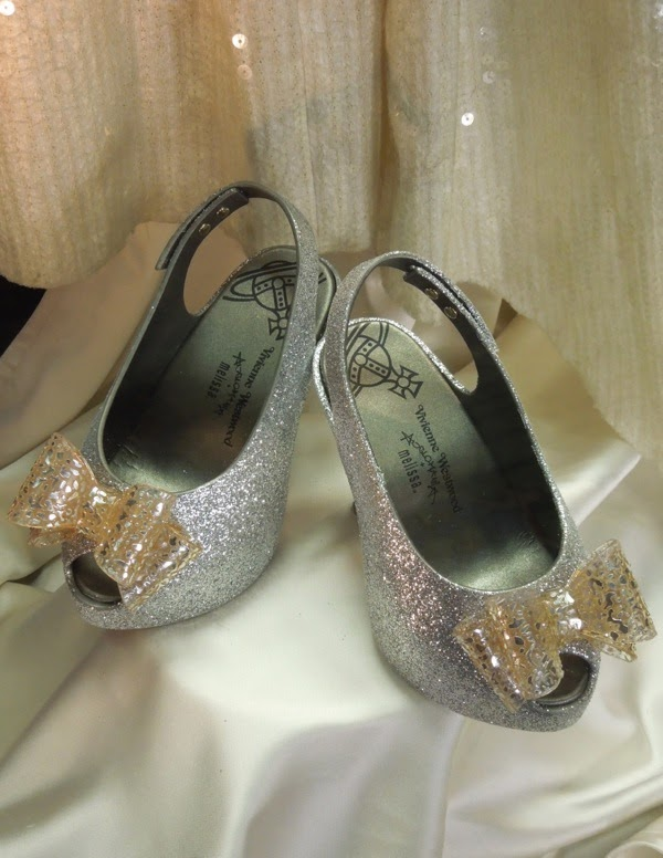 Muppets Most Wanted Miss Piggy Vivienne Westwood wedding shoes