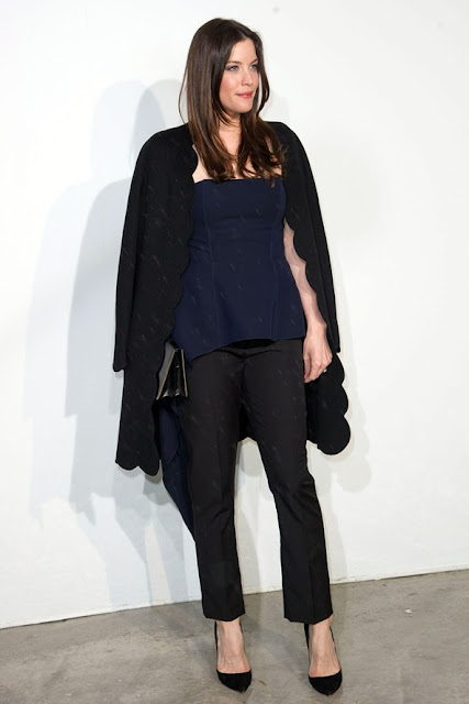 salon-negro-zapato-shoes-chaussures-calzature-scparpe-pumps-black-LivTyler