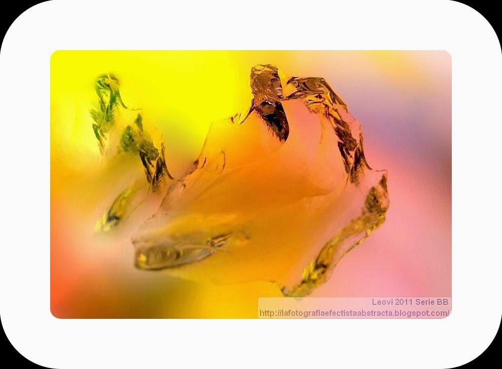 Foto Abstracta 3258  Solsticio equivocado con acordes de silencio - Mistaken Solstice with chords of silence