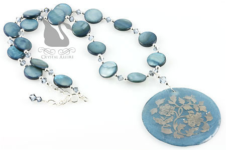 Blue Crystal Embossed Shell Beaded Necklace (N059)