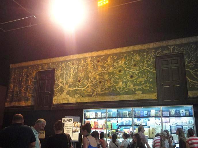 Tapeçaria Casa dos Black - Visitando os Estúdios de Harry Potter em Londres