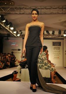 Actress Shraddha Kapoor Pictures in Black Dress at Lakme Fashion Week 2015  2