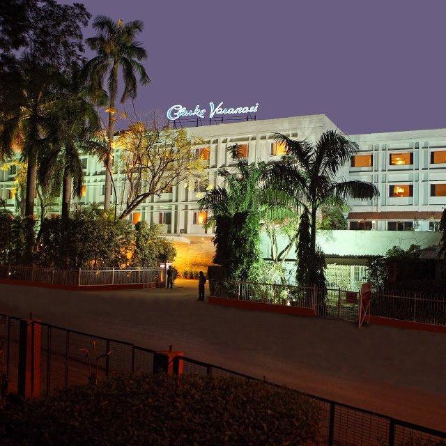 Clarks Hotels in Varanasi