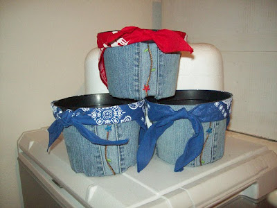 50 Creative and Cool Ways To Reuse Old Denim (50) 16